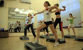 Упражнения степ-фэробики