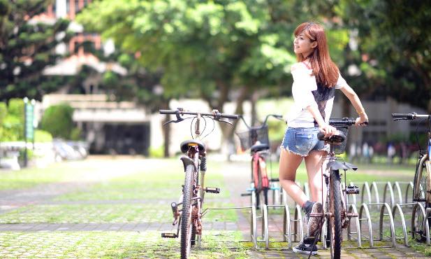 Велосипед как способ похудеть животу, бедрам и ногам